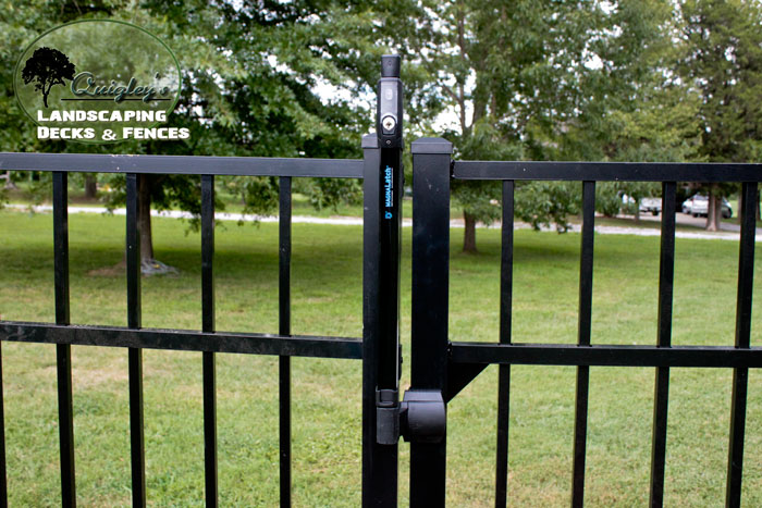 Nashville-metal-fence-lock